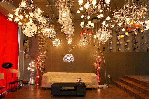 đèn chùm pha lê phong cách hiện đại chất lượng