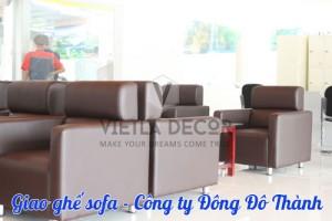 giao-ghe-sofa-cho-khach-hang-dong-do-thanh-3